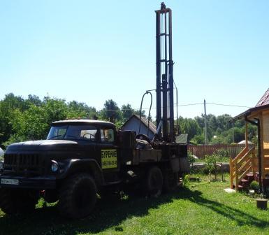Наша буровая на боевом посту. Наша бригада буровиков отработала больше 20 лет в нефте-газовом комплексе на месторождениях по всей стране.